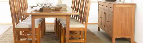 Dining Room Furniture: Choosing between Natural Wood versus Lacquer