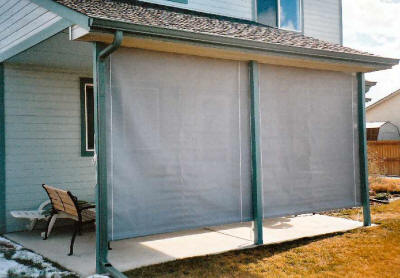4 must have outdoor furniture to cover up your patio for Outdoor roll up privacy screens