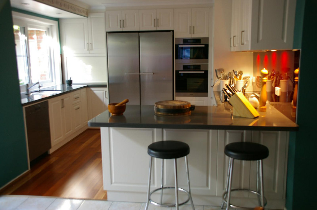 Click image for larger version.  Name:kitchen bar stools.jpg Views:139 Size:112.9 KB ID:10863
