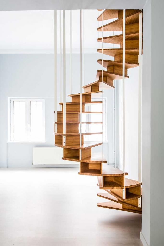 Click image for larger version.  Name:olmo_Staircase_3.jpg Views:641 Size:56.0 KB ID:9532