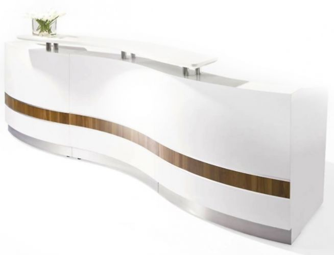 Take a look around and you'll notice a range of styles and affordable prices too. If you need help choosing the right reception desk, or prefer to have one custom made for you, then pick up the phone and get in touch with our customer service team. On this page, you'll find buying advice that will point you in the right direction. You'll find all the info you need to choose the receptionist desk that is on budget, offers practical features and has a visual style that matches the environment.