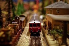 Click image for larger version.  Name:model-train-1146828_1280.jpg Views:196 Size:10.4 KB ID:11345