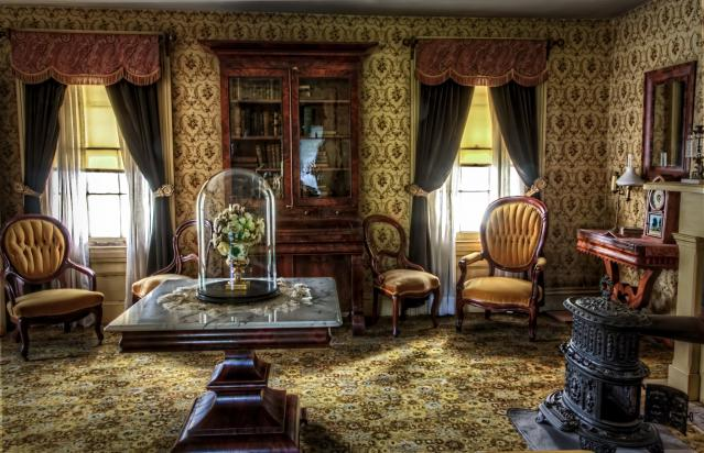 Click image for larger version.  Name:antique-capital-interior-40504.jpg Views:144 Size:62.5 KB ID:11047