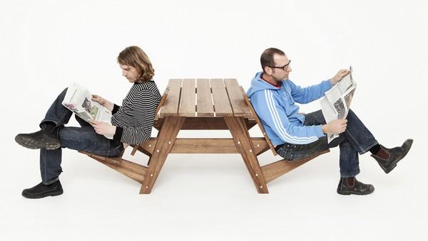 Name:  Garden Furniture Table 3.jpg Views: 40 Size:  47.4 KB