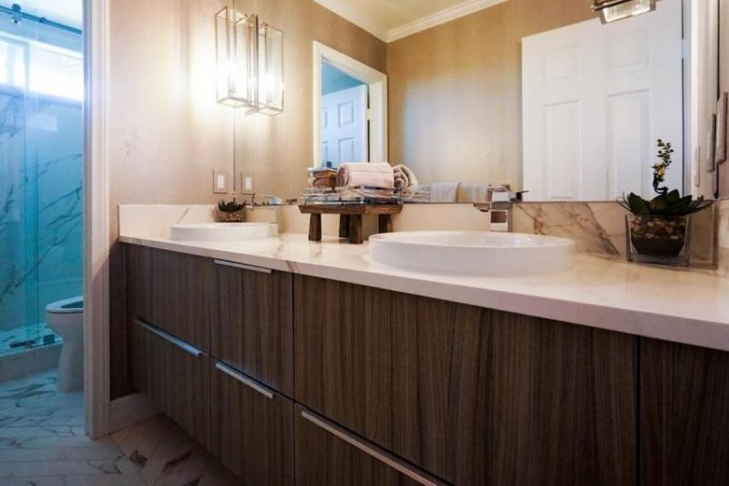 Name:  get discount bathroom vanities online.jpg Views: 63 Size:  43.2 KB
