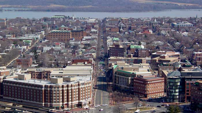 Name:  Old_Town_Alexandria.jpg Views: 130 Size:  60.1 KB