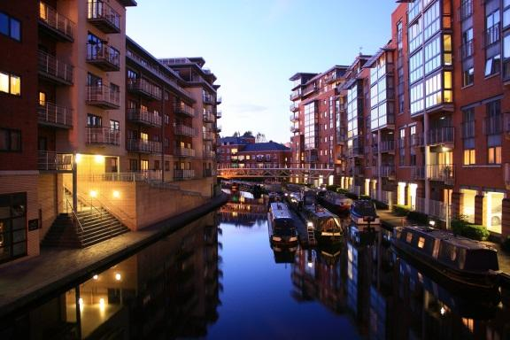 Click image for larger version.  Name:home in Birmingham.jpg Views:282 Size:42.1 KB ID:11021