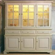 Gustav 3 Door Cabinet