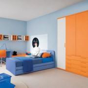 823 Bedroom