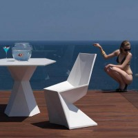 Vertex Collection by Karim Rashid