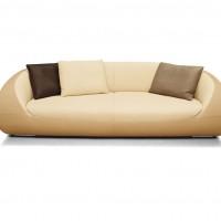 Pearl Sofa, Design: Cynthia Starnes