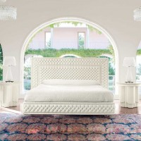 Magnificence Bed