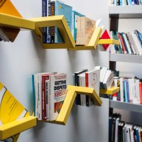 360 SHELF – An Adjustable Shelving Display by Luka Pirnat
