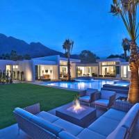 Las Palmas Residence by Stuart Silk Architects