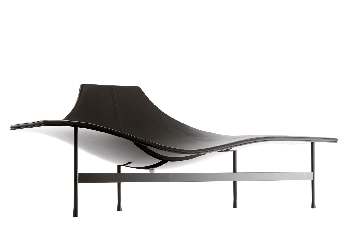 Terminal 1 chaise lounge by mean marie massaud b b for Chaise longue online