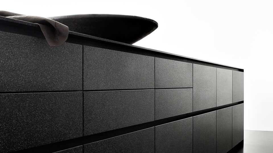 unique kitchens eggersmann wood. Black Bedroom Furniture Sets. Home Design Ideas