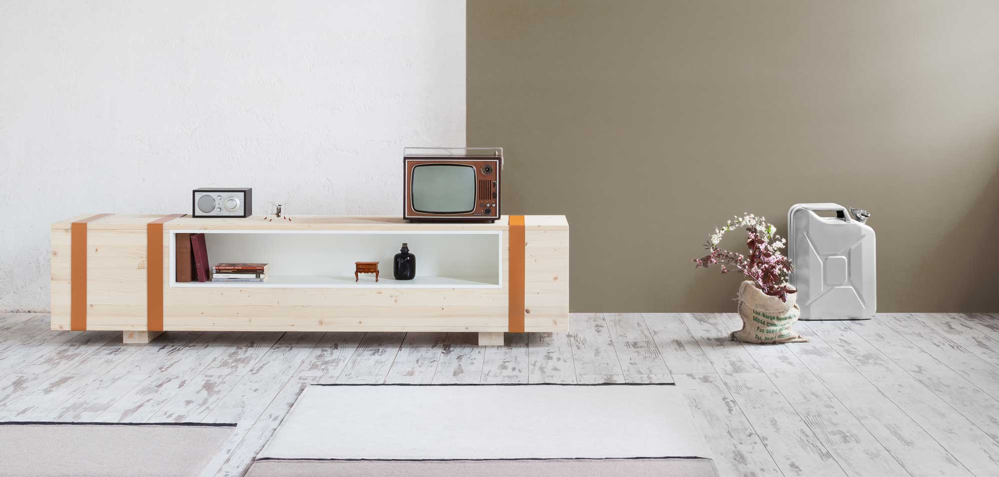 calibro storage case by daniele cristiano for formabilio
