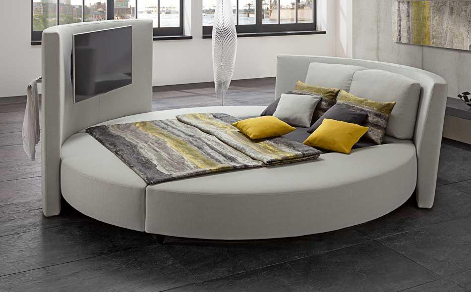 cinemaro luxurious round bed ruf betten wood. Black Bedroom Furniture Sets. Home Design Ideas