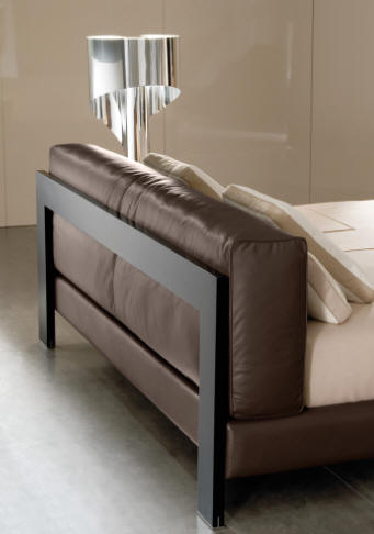 Bedroom on Furniture Biz   Products   Bedroom Furniture   Minotti   Alison Bed