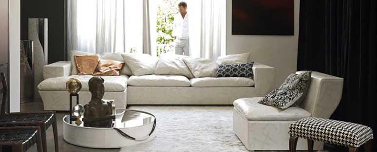 Merveilleuse ESS Sofa By Giuseppe Viganò