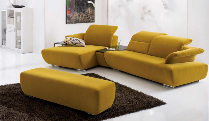 Wood avanti sofa design kurt beier for Sofa koinor